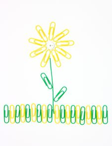 Free Flower From Paper Clips Royalty Free Stock Photo - 17066825