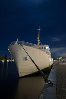 Free Luxury Yacht Royalty Free Stock Images - 17070629