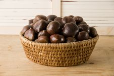 Free Chestnuts Basket Royalty Free Stock Image - 17071696