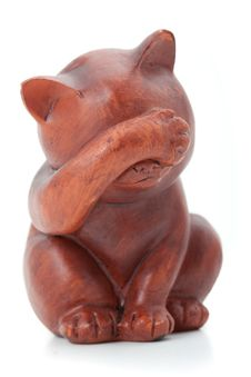 Wooden Statuette Of Cat Royalty Free Stock Photography