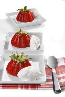 Free Strawberry Jelly Dessert Stock Photos - 17077723