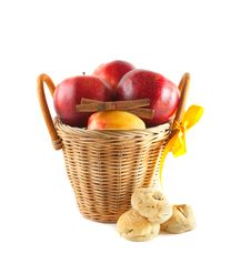 Free Red Apples In A Basket Royalty Free Stock Photo - 17082065