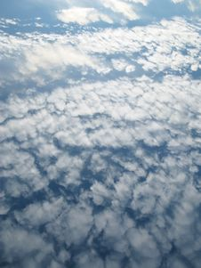 Free Wonderful Clouds Royalty Free Stock Photo - 17082625