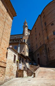 Free Urbino Royalty Free Stock Images - 17094879