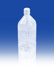 Free Cold Water In Plastic Bottle Royalty Free Stock Photography - 17096577