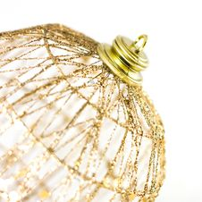 Free Gold Xmas Ball Royalty Free Stock Photos - 17098438
