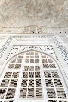 Free Detail Of Taj Mahal Royalty Free Stock Image - 17099646