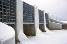 Free Dam In Winter Royalty Free Stock Photography - 1711397