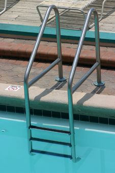 Free Pool Ladder Royalty Free Stock Images - 1715109