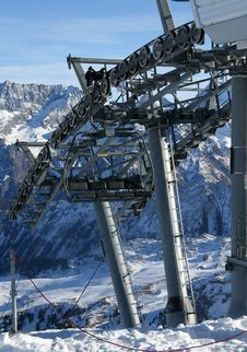 Free Chairlift Engineering Royalty Free Stock Photo - 1719395