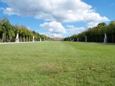 Free Versailles Garden Landscape In France Royalty Free Stock Photography - 17101667