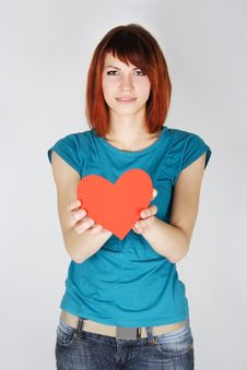 Free Redhead Girl Holding Red Paper Hear Royalty Free Stock Photography - 17105117