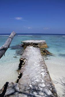 Free Maldives Skyscape Royalty Free Stock Photo - 17106075