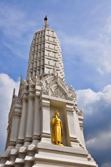 Free White Pagoda Royalty Free Stock Photography - 17107977