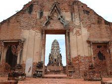 Free Wat Ratburana, Ayutthaya Royalty Free Stock Images - 17108569