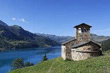 Free Alpine Chapel Royalty Free Stock Photography - 17109077