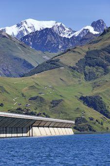 Free Alpine Weir Stock Photos - 17109123