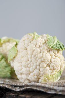 Free Fresh Cauliflower Royalty Free Stock Images - 17109509