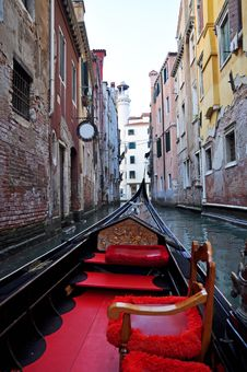 Free Venice Seen From Gondola Stock Photography - 17117182