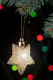 Free Golden Christmas Star Stock Photos - 17124103