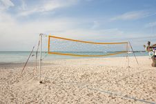 Free Empty Beach Volleyball Court On The Ocean Royalty Free Stock Image - 17129626