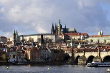 Free Prague Castle Royalty Free Stock Photo - 17142645