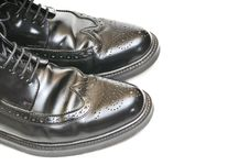 Free Pair Of Mens Black Leather Shoes Royalty Free Stock Image - 17143116