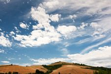Free Hilly Countryside Of Le Marche, Italy Royalty Free Stock Photo - 17143165
