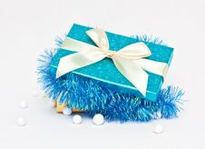 Free Gift Box With Tinsel Royalty Free Stock Photo - 17143275