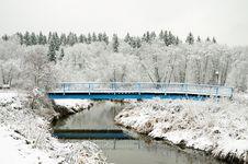 Free Snow-Covered Bridge Royalty Free Stock Photo - 17144765