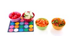Free Cut Vegetables Plastic Bowls Royalty Free Stock Images - 17145179