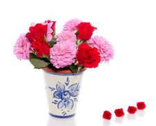 Free Pink Dahlia And Red Roses Stock Images - 17145604