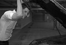 Free Young Man Car Mechanician Royalty Free Stock Photo - 17147215