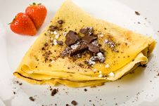 Free Crepes With Choccolate And Strawberries Royalty Free Stock Photos - 17147718