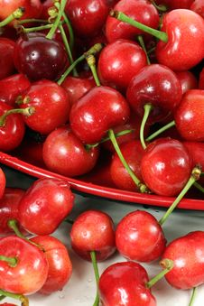 Free Cherries Royalty Free Stock Image - 17151966