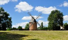 Free Old Renovated Windmill Stock Photography - 17159312