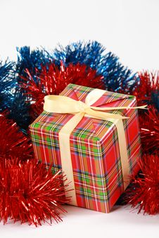 Free Christmas Gift Box Royalty Free Stock Photos - 17160248