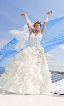 Free Happy Bride On The Yacht,  The Blue Sky Royalty Free Stock Image - 17162896
