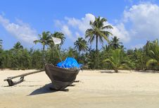 Free Fishing Boat In A Tropical Beach Stock Photos - 17164283