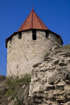 Free Medieval Tower Of Citadel Bender Tighina Transdnie Royalty Free Stock Photo - 17165715