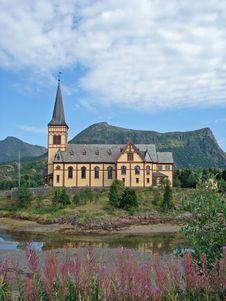 Free Wooden Church In Kabelvag - Lofoten, Norway Royalty Free Stock Photos - 17167578