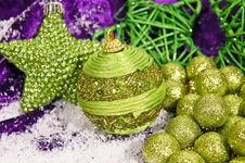 Free Winter Decorations With Balls And Star Royalty Free Stock Photos - 17168458