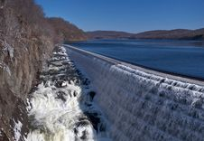 Free Croton Dam Stock Photography - 17173692