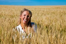 Free Woman In Wheat Field Royalty Free Stock Image - 17176166