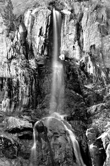 Waterfall In The Sierra Royalty Free Stock Photos