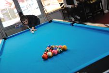 Free Young Man Play Pro Billiard Game Royalty Free Stock Image - 17189076