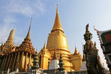 Free Golden Pagoda Stock Image - 17191001
