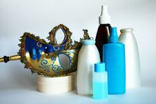 Free Cosmetic Jars And Bottles Royalty Free Stock Images - 17191819