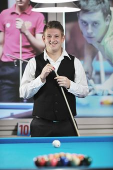 Free Young Man Play Pro Billiard Game Royalty Free Stock Image - 17195806