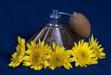 Free Vintage Perfume Bottleand Yellow Flow Royalty Free Stock Photo - 17198245
